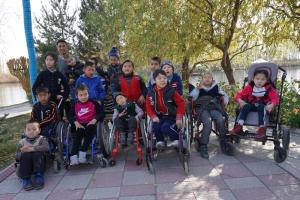 Behinderte Kinder des Förderprogramms
